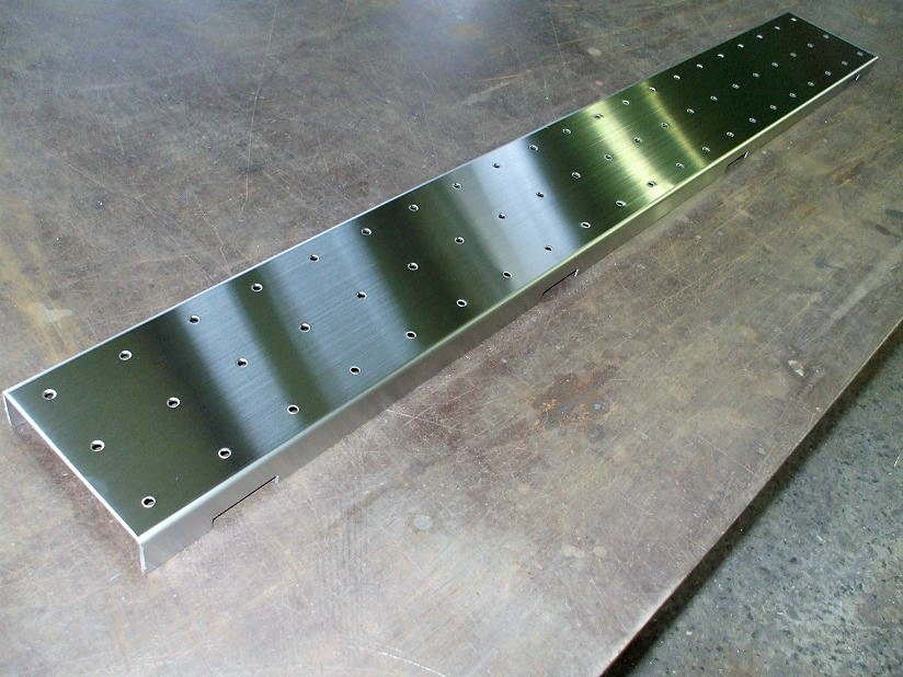 勾配付溝蓋 SUS304 W140×L1220